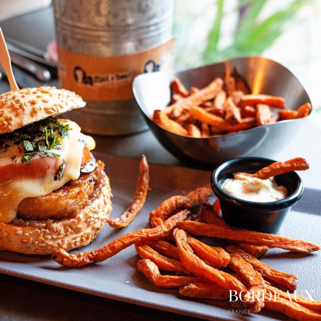 gluten free burger max a table