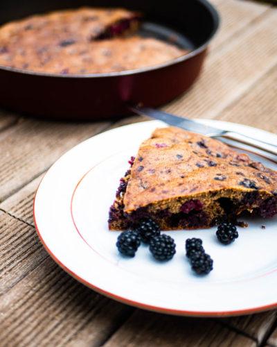 gluten-free-black-berry-cake